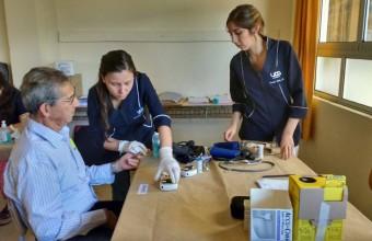 Gran participación de carreras de la salud en voluntariado Sonríe UDD