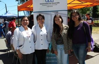 Universitarios de Salud se unen con alumnos de enseñanza media en operativo en Chiguayante