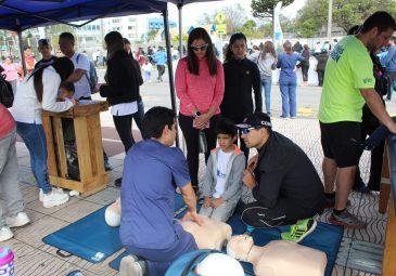 """Carreras de la Salud participaron en 4° versión de """"Los Niños Corren: …"""