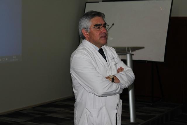 Dr. Luis Vicentela en Inauguración de Jornada