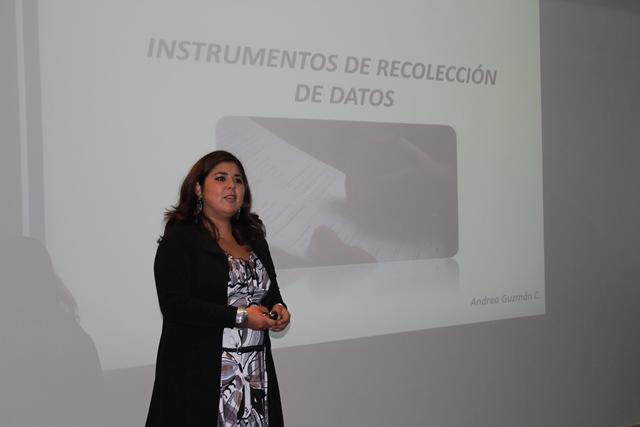 Expositora  Andrea Guzmán
