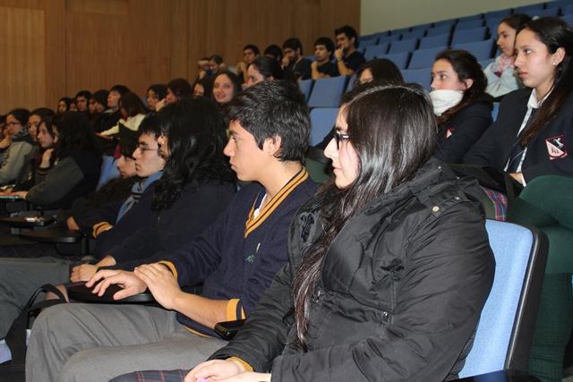 Escolares conocieron el atractivo mundo de la Odontología