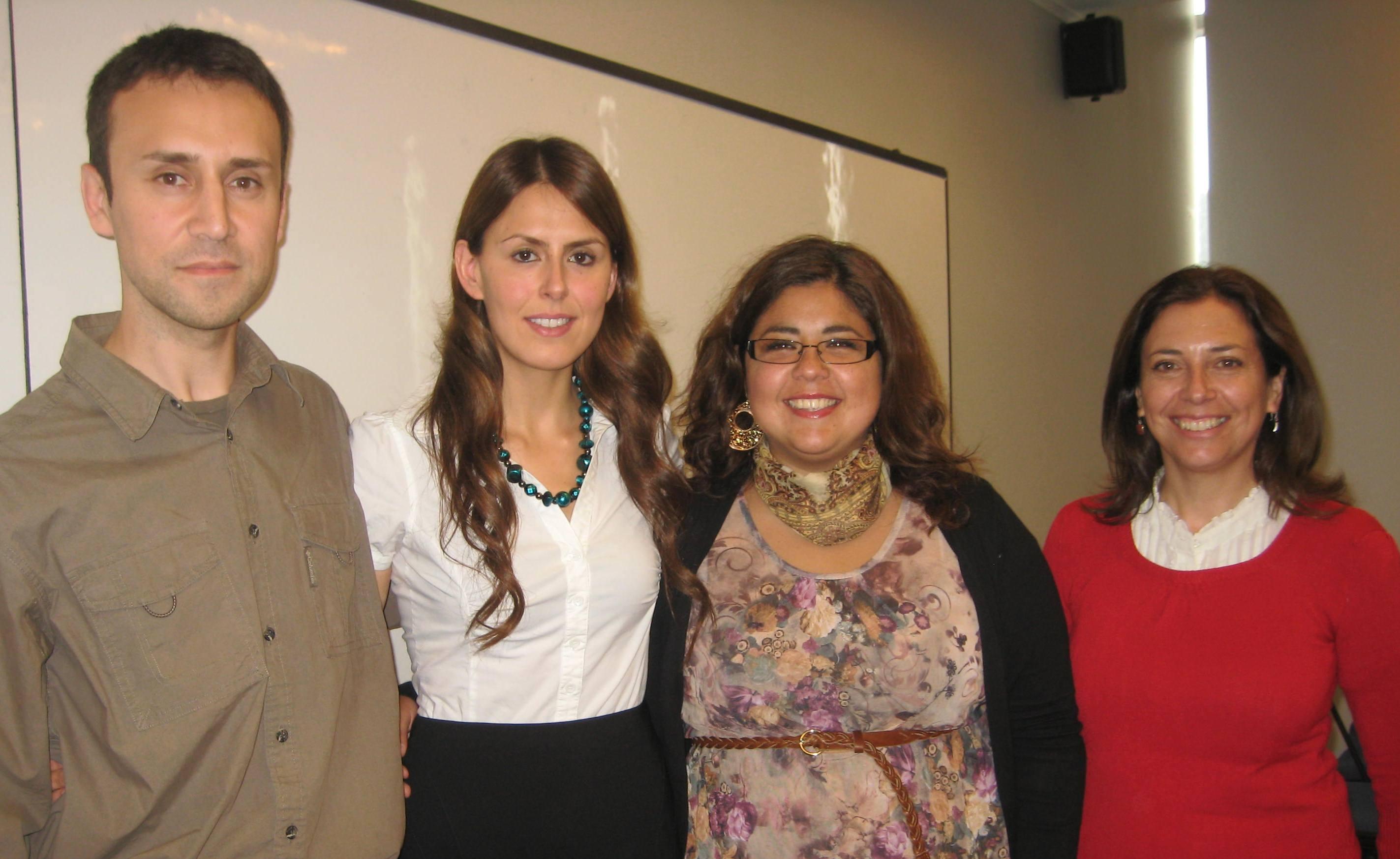Alumna Tesista junto a Equipo de Investigación