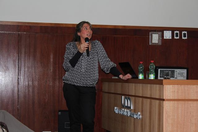 Dra. Carolina Monsalve, Docente