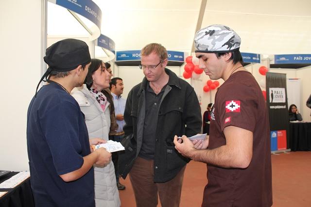 Felipe Kast y equipo S.S