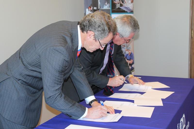 UDD firma convenio con Seremi de Salud