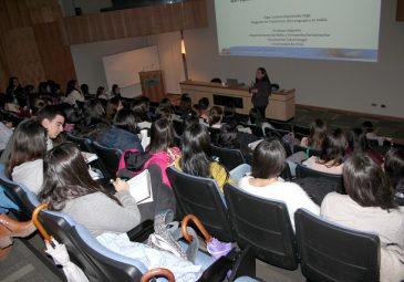 Fonoaudiología organiza taller sobre trabajo multidisciplinario