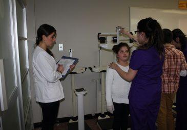Alumnos de Nutrición y Dietética rinden examen OSCE
