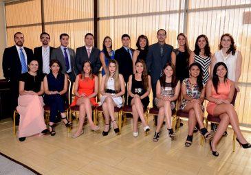 Postgrados: facultad titula a nuevos especialistas