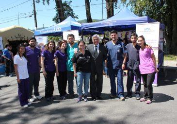 Universitarios de Salud se unen con alumnos de enseñanza media en …
