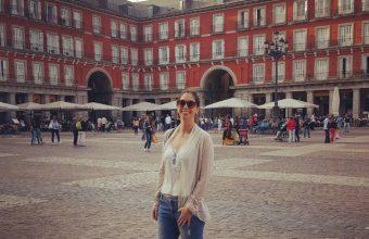Conoce a nuestros egresados de Enfermería: Macarena Avello y su vida en España