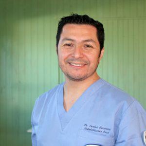 Dr. Carlos  Cáceres