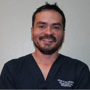 Dr. César  Plata