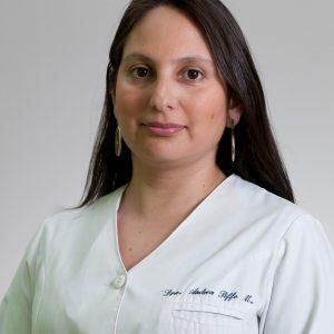 Dra. Andrea  Riffo
