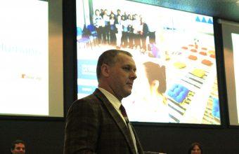 Dr. Carlos Vukasovic participa en Seminario de Gestión de Personas como invitado expositor