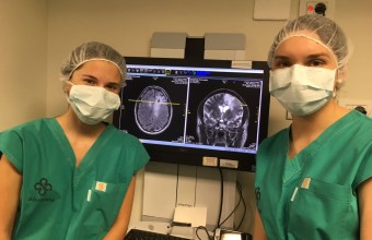 Interna participa en cirugía cerebral