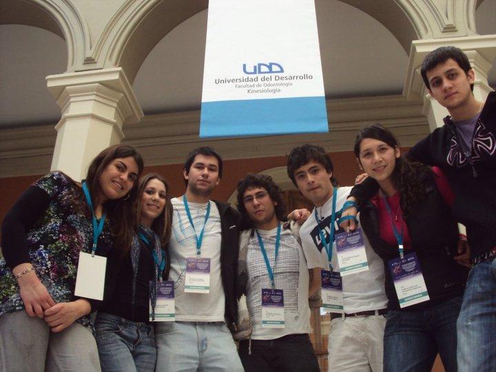 Alumnos participan en congraso internacional