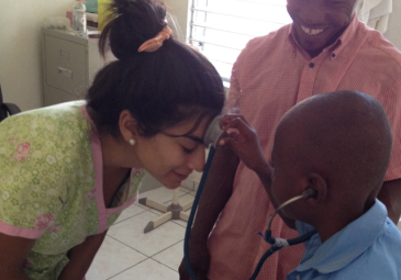 Conoce a nuestros egresados: Melissa Villarreal y su trabajo como …