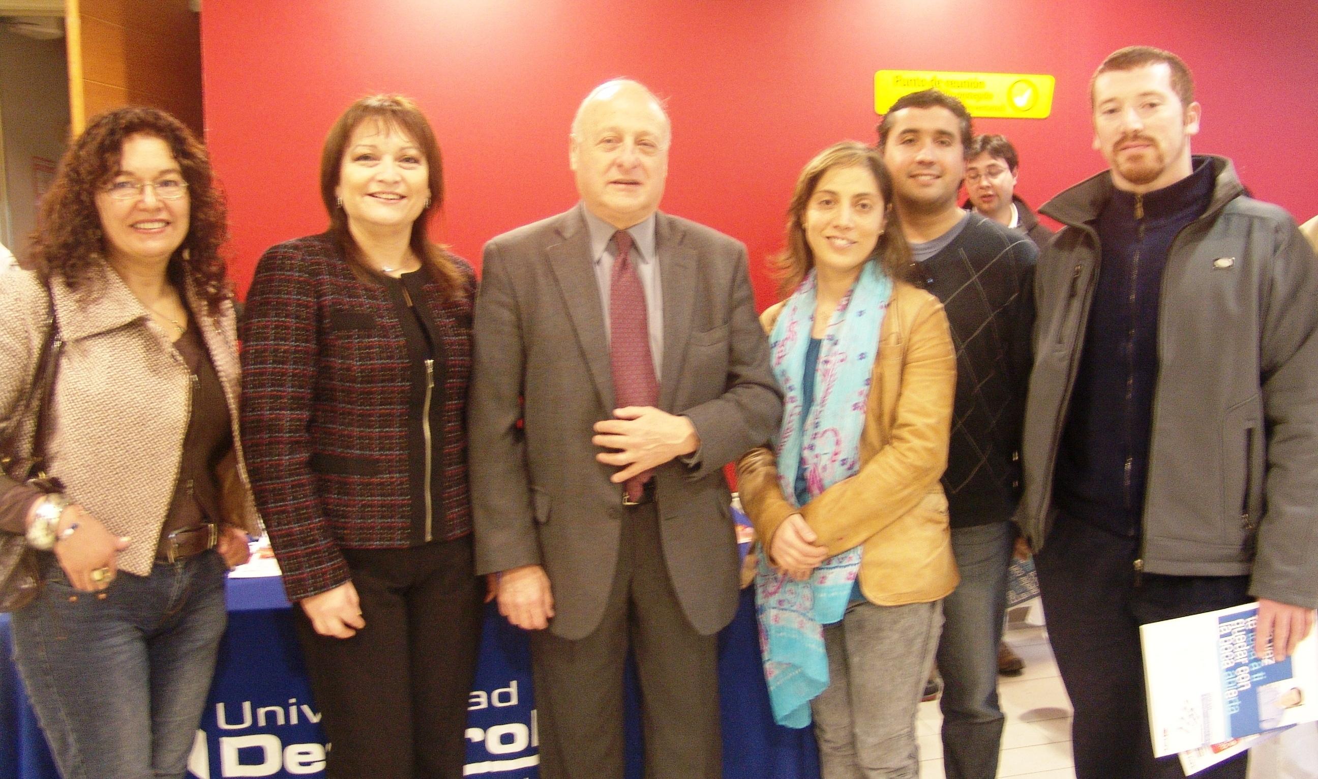 Dr. Martín Edelberg visita la UDD