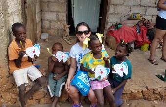 Natalia Concha, egresada que trabajó como voluntaria en Haití