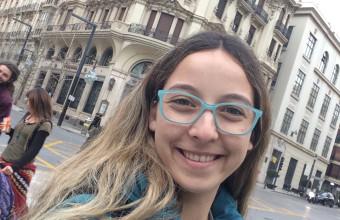 Intercambios UDD: Conoce la experiencia de Juliana Muñoz en España